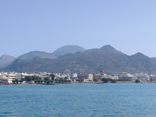ipłyniemy, w dali Ierapetra