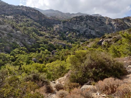 wąwóz Milonas - droga do wodospadu